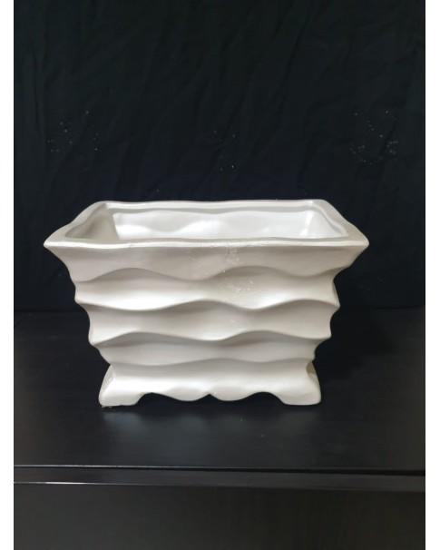Rectangle Pot. Ceramic.