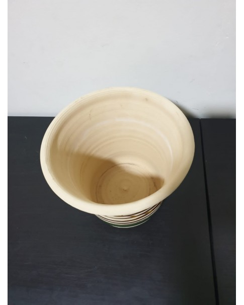 Clay Pot 18 cm height.