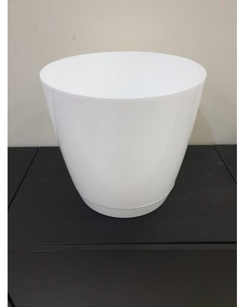 Plastic Pot. 33*31 . 21 ltr