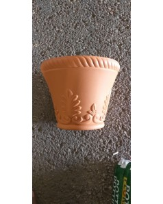 Plastic Pot 40 CM Ht with Tray